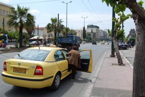 Taxi pick-up at Mesogeion Avenue